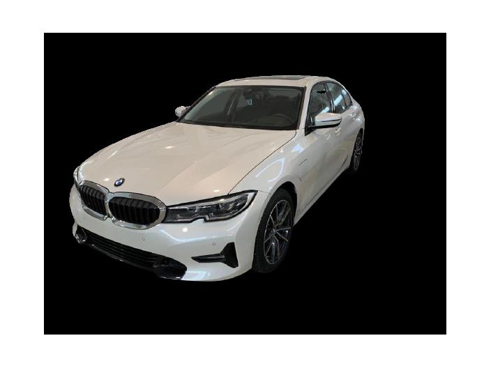 BMW 330 e Saloon Sport